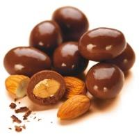 almonds-chocolate